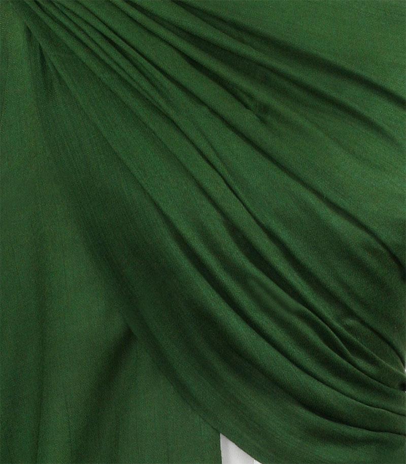 szal welniany w kolorze zielonym z welny merino