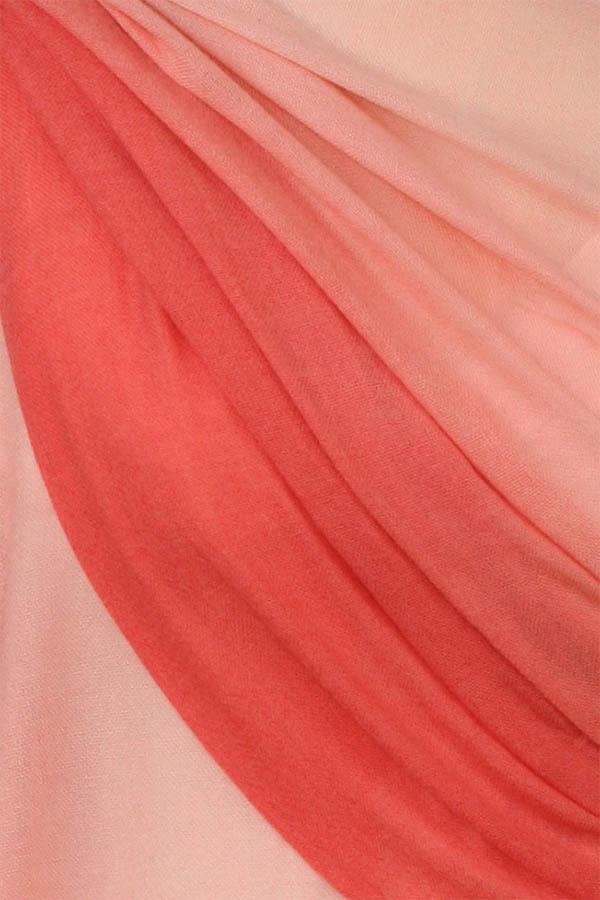 szal kaszmirowy w kolorze lososiowym