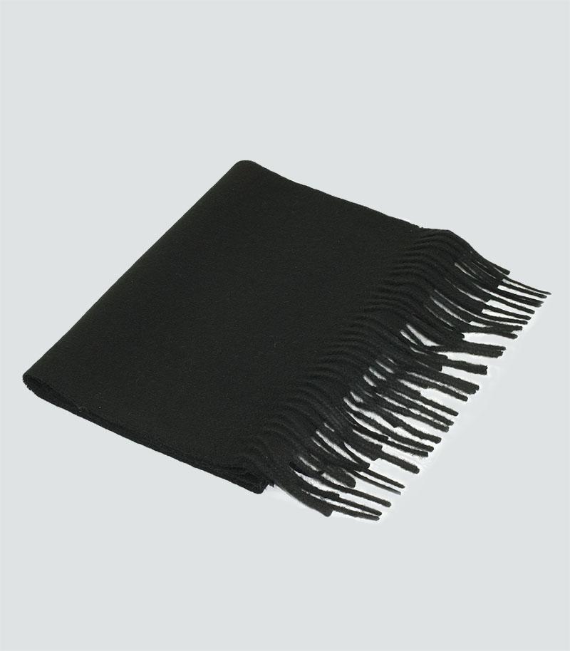 szalik-welniany-w-kolorze-czarnym