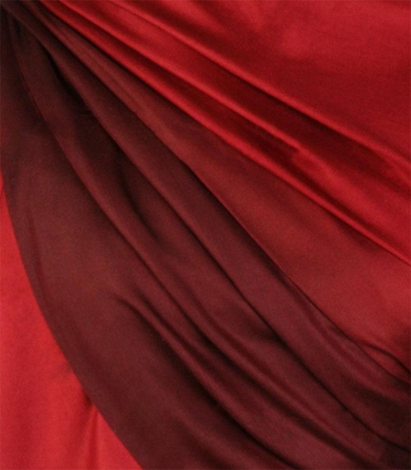 szal jedwabny cieniowany czerwono bordowy