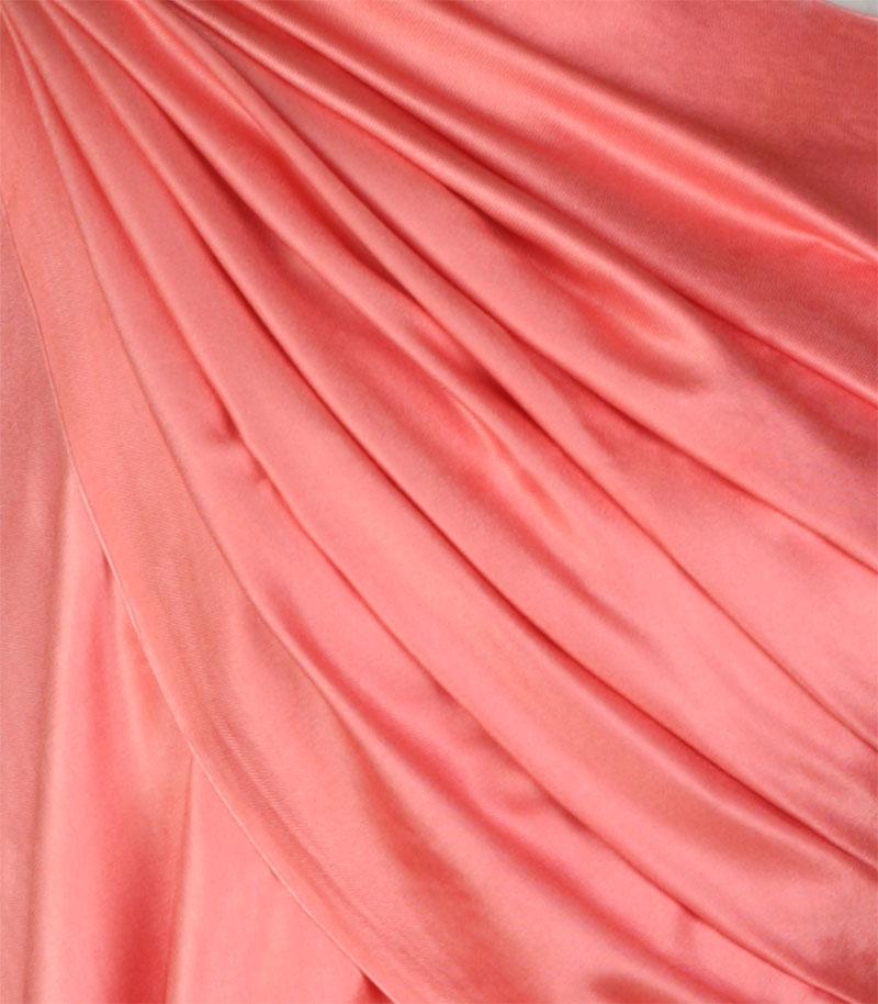 szal jedwabny gladki w kolorze rozoanym