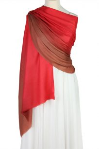 szal welniany w kolorze czerwony z welny merino