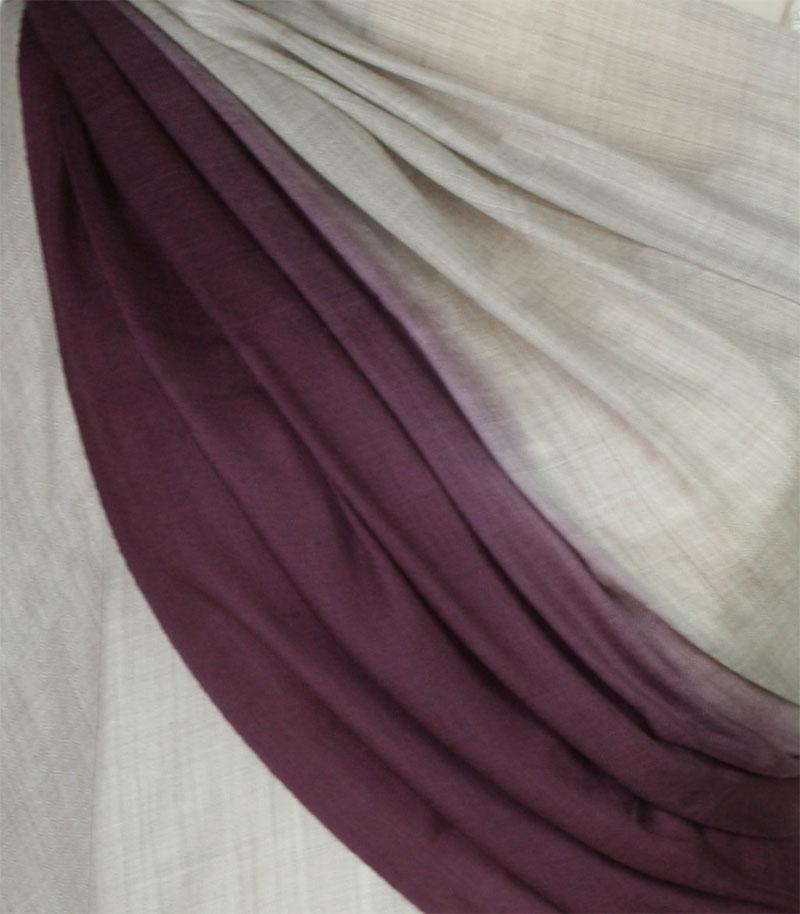szal welniany w kolorze szarym z welny merino