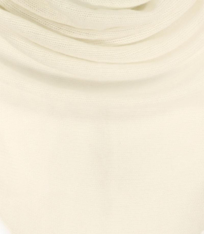 chusta welniana w kolorze ecru