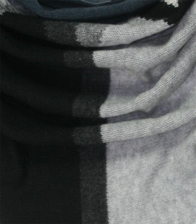 szalik kaszmirowy w kolorze szarym