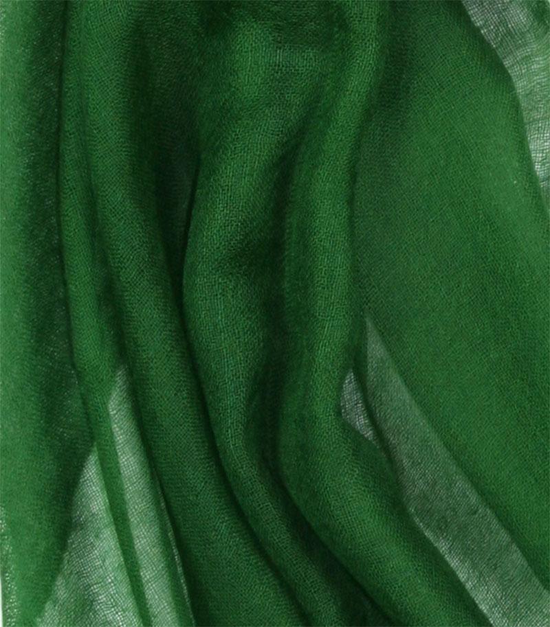 szal-kaszmirowy-w-kolorze-butelkowej-zieleni