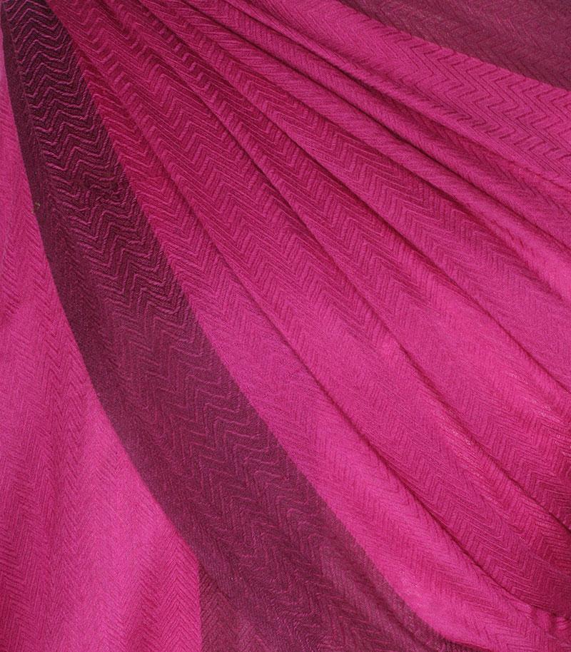 szal-welniany-w-kolorze-rozowym
