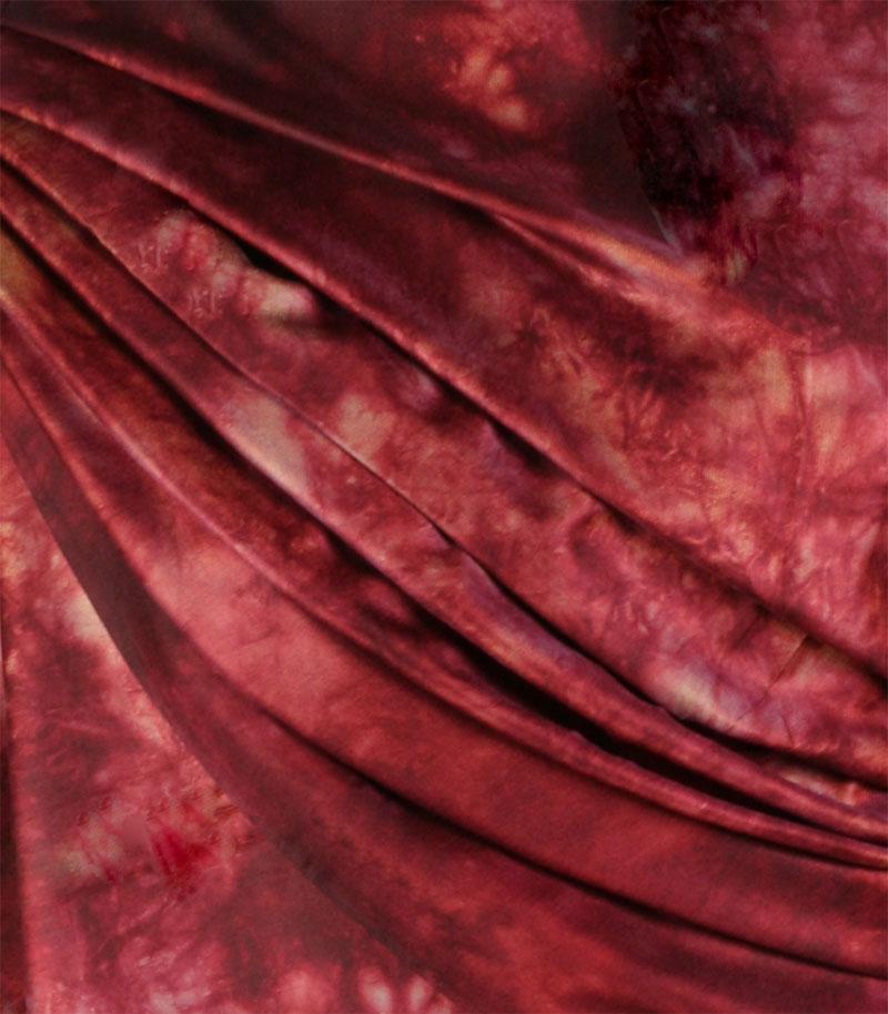 szal-jedwabny-w-kolorze-bordowym