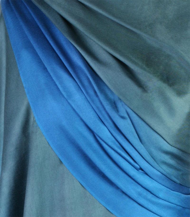 szal-jedwabny-w-kolorze-morskim