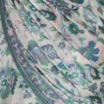 szal-welniany-w-kolorze-bialym