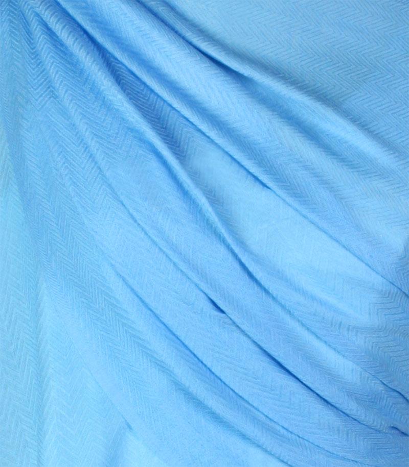 szal-welniany-w-kolorze-blekitnym