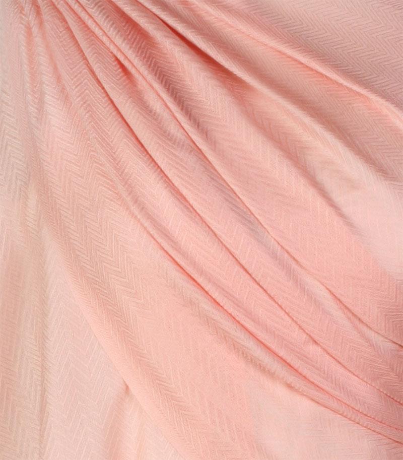szal-welniany-w-kolorze-lososiowyym