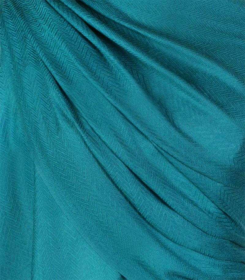 szal-welniany-w-kolorze-morskim