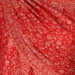 szal-welniany-w-kolorze-czerwonym