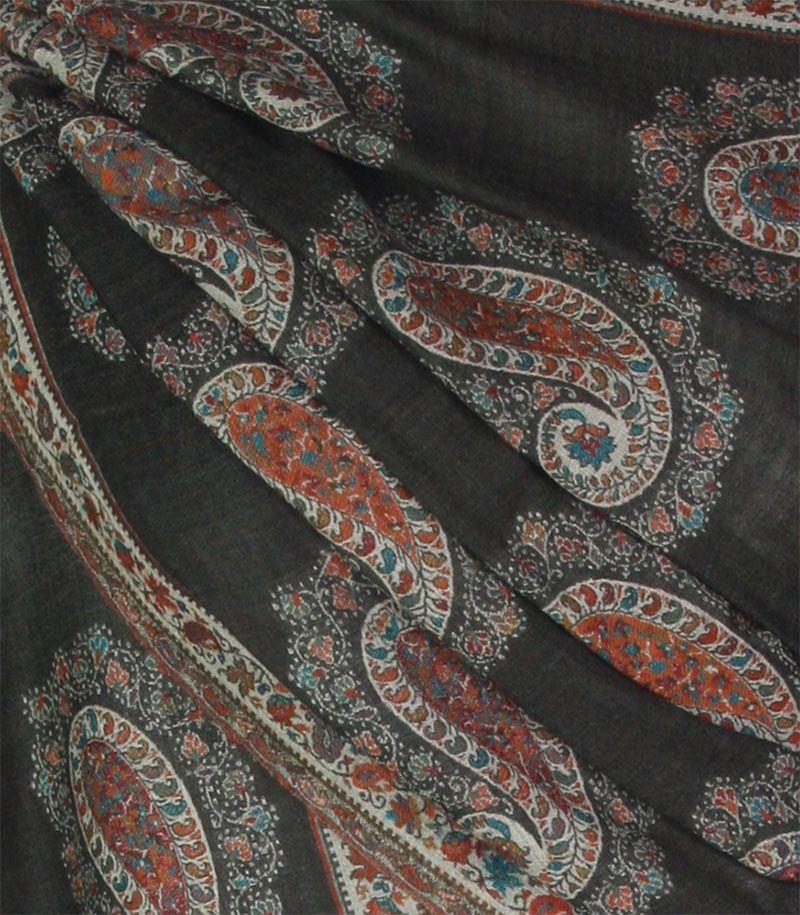szal-welniany-czarny-jamawar-wzor