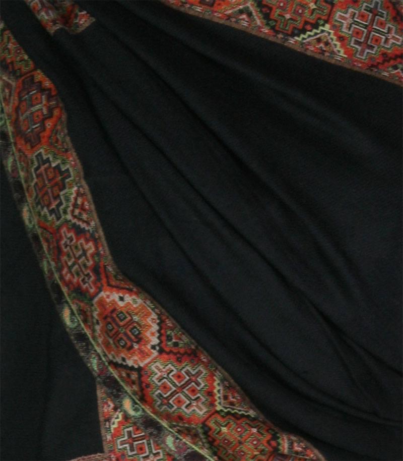 szal-welniany-czarny-kullu